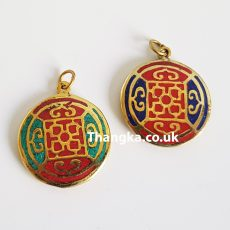 Mandala pendant in turquoise and lapiz